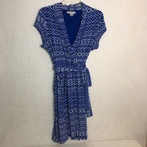 Liz Claiborne Blue / White Faux Wrap Dress   A112